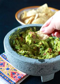 How to season a grant mortar and pestle & guacamole - TheNoshery.com