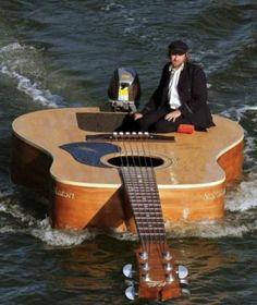 zwemende gitaar