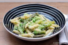 Frühlingsfrische One Pot Pasta mit grünem Spargel und Brokkoli für hungrige Seeleute [Blogparade]