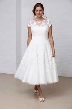 davids bridal | David's Bridal Runway Show, Fall 2013 - Wedding Dresses and Fashion ...