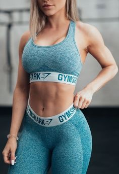 Gymshark Athlete Robin Gallant pairs the Flex Sports Bra and in Deep Teal and Ice Blue. Sexy Women, Fit Women, Catsuit, Fitness Fashion, New Fashion, Disco Pants, Moda Fitness, Workout Wear, Workout Style