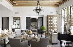 Living Room Decorating Ideas - Recycle Art