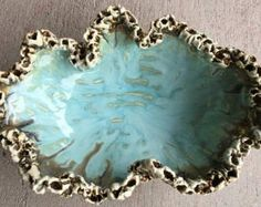 Turquoise free formed bowl edged with hand sculpted barnacles made by potter Tracy Bennett Bishop of Blue Crab Pottery - sold on etsy Ceramic Bowls, Ceramic Pottery, Ceramic Art, Vintage Pottery, Handmade Pottery, Clay Art, Resin Art, Beginner Pottery, Pottery Handbuilding