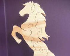 Frei stehendes springenden Pferd, Hengst, Mustang, Geschenk, Puzzle
