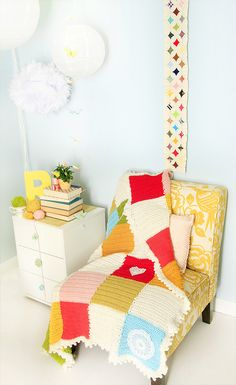 This would be prefect for a corner of my bedroom if I only had the room. I love all of it!