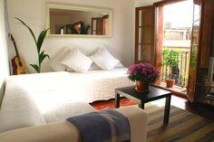 Airbnb Barcelona. Love.