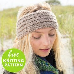 Crochet Headband Profiteroles Headband Free Knitting Pattern - One skein project! Here's a stylish alternative to a hat that will keep your ears warm. A cozy easy to knit headband featuring Berroco Noble yarn. Free Aran Knitting Patterns, Knitting Blogs, Easy Knitting, Knit Patterns, Knitting Projects, Charity Knitting, Yarn Projects, Knitting Ideas, Knitted Headband Free Pattern