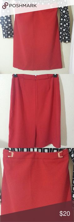 Red New York & Company stretch skirt Beautiful Red classy skirt with gold color accents... New York & Co. Some stretch but not much at the waist. business or church attire. New York & Company Skirts A-Line or Full