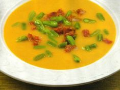 Green Bean Soup with Chorizo Portuguese Recipes, Portuguese Food, Portugal, Bean Soup, Other Recipes, Easy Cooking, Soups And Stews, Green Beans, Soup Recipes