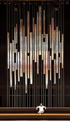 Orgelbau Klais Bonn: Wrocław/PL, Narodowe Forum Muzyki in 2020 Wall Partition Design, Feature Wall Design, Wall Panel Design, Living Room Partition, Screen Design, Facade Design, Spa Interior Design, Grill Design, Wall Treatments