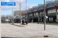P.J.Oudweg met NS Station Almere Centrum