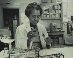 In 1947, Dr. Marie Daly became the first African-American woman to earn a Ph.D. in Chemistry when she graduated from Columbia University. A trailblazer in the field of biochemistry, Dr. Daly researched the connection between high cholesterol and heart disease. #WomenInSTEM (Photo courtesy of Albert Einstein College of Medicine, D. Samuel Gottesman Library Archives).