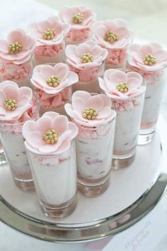 bridal shower decorations 476255729345350247 - Trendy Mini Brunch Food Bridal Shower Party Ideas 19 Ideas Source by Brunch Dessert Recipe, Dessert Table, Brunch Recipes, Mini Dessert Cups, Brunch Bar, Brunch Buffet, Brunch Food, Shot Glass Desserts, Dessert Shooters