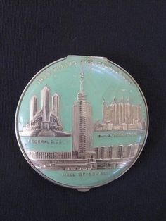 Vintage 1933 1934 Chicago World's Fair Green Enamel Compact | eBay