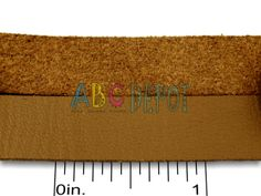 IMITATION LEATHER MICRO FIBER SUEDE TAN 12X1.5MM. 1 FOOT. IMITACIÓN CUERO GAMUZA DE MICROFIBRA MARRON CLARO DE 12C1.5MM. 1 PIE. CODIGO: ILF123