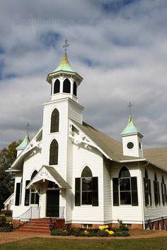 The Urbanna Baptist Church, VA...photo by Tom Whitmore