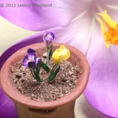 Make Dollhouse or Playscale Miniature Crocuses for ScaleScenes