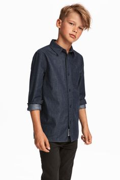 Chemise en coton Shirt in woven cotton fabric with turn-down collar buttons, long front sleeves with Tween Boy Haircuts, Teen Boy Hairstyles, Boy Haircuts Short, Cool Boys Haircuts, Little Boy Haircuts, Boys Long Hairstyles Kids, Funky Hairstyles, Formal Hairstyles, Boys Long Hair Cuts