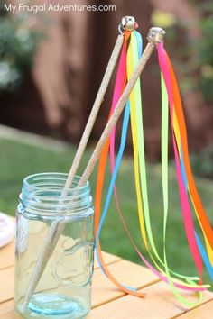 to Make a Ribbon Wand for Children How to Make Easy Ribbon Wands for Kids- a perfect party favor or addition to the dress up box!How to Make Easy Ribbon Wands for Kids- a perfect party favor or addition to the dress up box! Kids Crafts, Princess Wands, Princess Party Favors, Ribbon Wands, Ribbon Sticks, Dress Up Boxes, Fairy Wands, Operation Christmas Child, Beltane