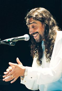 Diego 'El Cigala' - he is one incredible singer.  I adore this man!!!