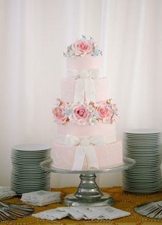 HER Pink Wedding Cake // Photo: Allan Zepeda
