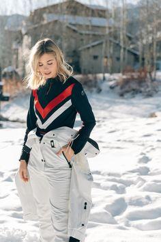 Snow Bunnies, Retro Fashion, Womens Fashion, Retro Style, Skiing, Chevron, Jet, Aesthetics, Fall Winter
