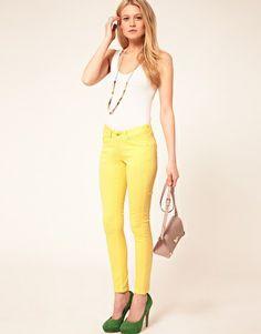 ASOS Petite Skinny Jeans in Lemon Yellow #4- great pairing with the green pump.