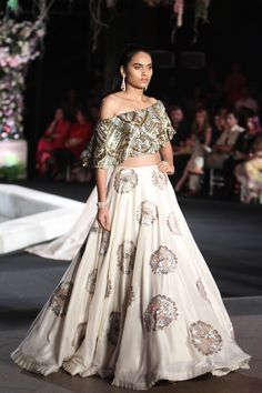 By Manish Malhotra. Bridelan - Personal shopper & style consultants for Indian/NRI weddings, website www.bridelan.com #Bridelan #weddinglehenga #ManishMalhotra #LakmeFashionWeekWinterFestive2016