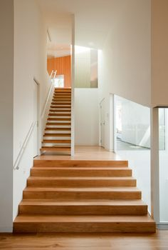 solid & open riser stair mix