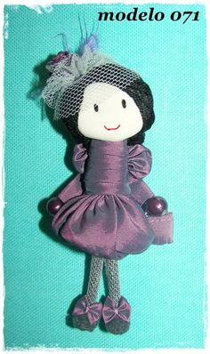 Brooch fabric. Party dress. Handmade with fabric, felt, tulle, beads... Size 9 cm (3.5 inch)  http://www.etsy.com/listing/64908123/party-dress-brooch-doll