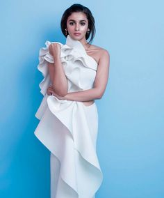 Alia Bhatt #photoshoot for Elle magazine December 2015.