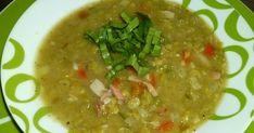 En Venezuela acostumbramos a comer éstas arvejas como una sopa crema, es decir la sopa procesada. En ésta ocasión la preparé dejándolas e...