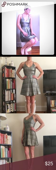 Silver evening dress Silver evening dress perfect for dinner or a night out Dresses