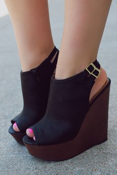 Wooden Platform Peep Toe Wedge