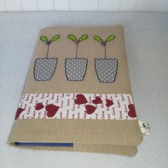 textilní obal na knihu s aplikací Notebook Covers, Journal Covers, Fabric Book Covers, Diary Covers, Fabric Journals, Tablet, Journal Diary, Book Binding, Unusual Gifts