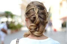 pretty braids 21 Switch up your hairstyle with braids photos) Braided Hairstyles For Wedding, Trendy Hairstyles, Wedding Updo, Medium Hair Styles, Curly Hair Styles, Pretty Braids, Beautiful Braids, Funky Braids, Messy Braids