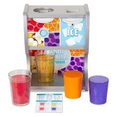 OMG they didnt make stuff this cool when i was a kid! Thirst Quencher Dispenser by Melissa and Doug for pretend play kitchen Play Kitchen Sets, Toy Kitchen, Play Kitchens, Punch Aux Fruits, Fruit Punch, Toys For Girls, Kids Toys, Plastic Ice Cubes, Bebidas Do Starbucks