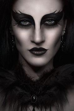 Photographer: Antonia Glaskova | photography page Jewelry/Accessories: Aeternum Nocturne Gothic jewelry Makeup/Model: N. Carmine Studio: Amelie studio