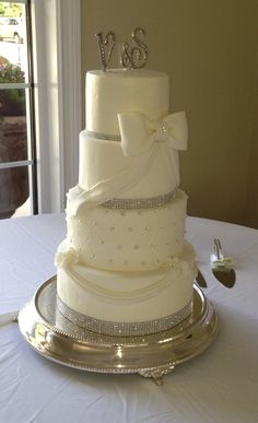 Wedding Cake By Roni