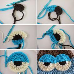 To make amigurumi eyesYou can find Amigurumi and more on our website.To make amigurumi eyes Crochet Eyes, Crochet Baby Hats, Crochet Beanie, Crochet Motif, Crochet For Kids, Diy Crochet, Crochet Crafts, Crochet Projects, Crochet Patterns