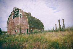 rustic barn by Carol Harris on 500px