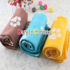 Hot Cute Soft Handcrafted Cozy Warm Paw Prints Pet Dog Cat Fleece Blanket Mat