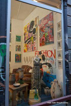 Nuestra galería de arte y tienda en el centro de sevilla, c/viriato  9