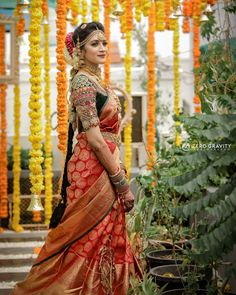 Photography @zerogravityphotography #indianjewellery #indianwedding #zerogravityphotography #indianweddingphotographer #tamilwedding #hinduwedding #tamilbride #hindubride #southasianbride #makeup #hairstyle #bridal #bridalmakeup #traditional #marriage #wedding #southasianwedding #bridaljewellery #asianbridal #sareedraping #bridalsaree #saree