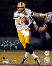 "Brett Favre Autographed/Signed Green Bay Packers 8x10 NFL Photo ""MNF"""