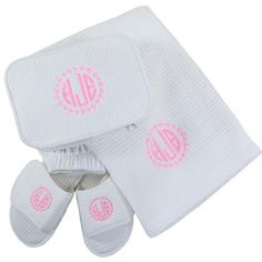 A few must-haves for her for Christmas! Pool/Bath Wrap, Slipper, Makeup Bag Set qualifies for FREE SHIPPING!  Sets available in Hot Pink, Black and White.  Order by Dec. 10 Midnight for GUARANTEED Christmas (Dec.24) delivery of this item. Expedited shipping options are available! #Christmasgifts #holidays #MONOGRAMMED www.beaujax.com