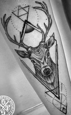 Deer Skull Tattoos, Tattoos 3d, Tattoos Arm Mann, Deer Tattoo, Head Tattoos, Arm Tattoos For Guys, Forearm Tattoos, Arm Band Tattoo, Body Art Tattoos