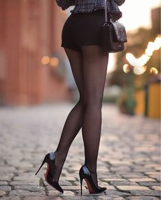 - So sexy 💫 by 💫 via 💫… Stockings Outfit, Pantyhose Outfits, Pantyhose Heels, Black Stockings, Great Legs, Nice Legs, Beautiful Legs, Killer Legs, Sexy Skirt