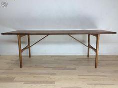 Vintage pöytä
