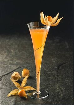 Aperol and Champagne Cocktail with Aperol, Pineapple Juice, Champagne, Physalis. # Food and Drink christmas pineapple juice Aperol and Champagne Cocktail Recipe Gin Recipes, Gin Cocktail Recipes, Mojito Cocktail, Champagne Cocktail, Margarita Recipes, Sparkling Wine, Free Recipes, Limoncello Cocktails, Vodka Cocktails